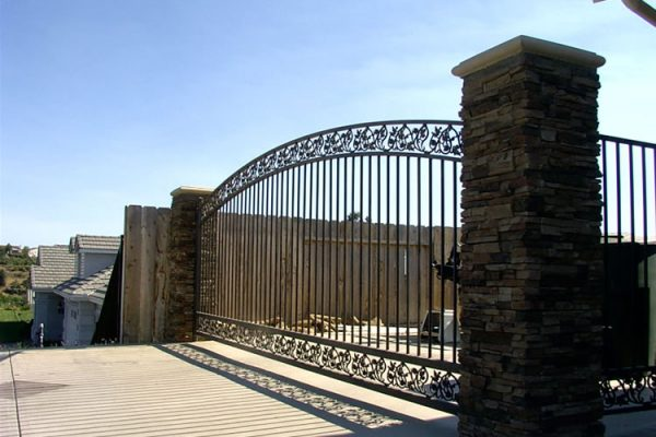 gate-9
